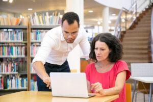 ¿Cuánto gana un tutor de prepa en línea SEP?